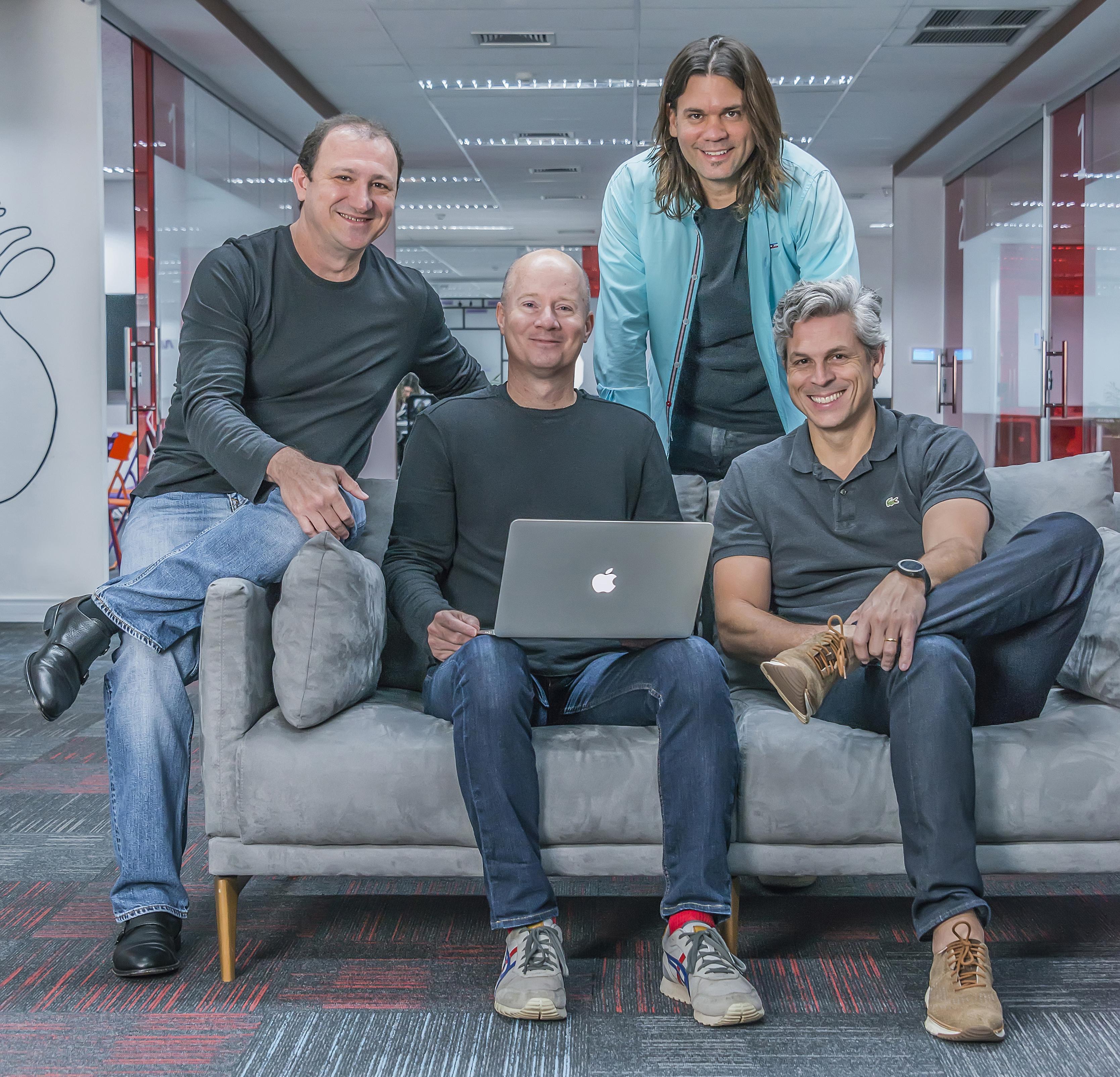 Cesar Gon, Thelton McMillian, Leonardo Mattiazzi and Bruno Guicardi together at a CI&T office