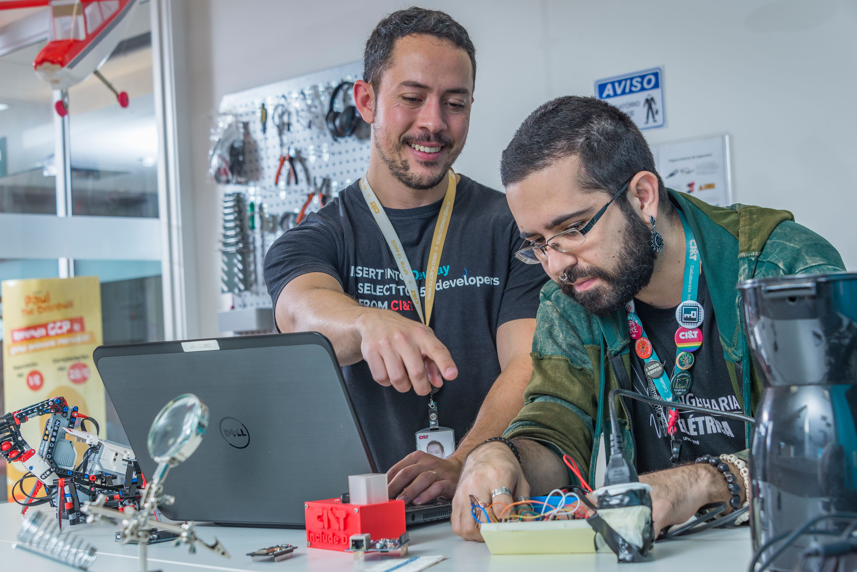 CI&T employees working with IoT